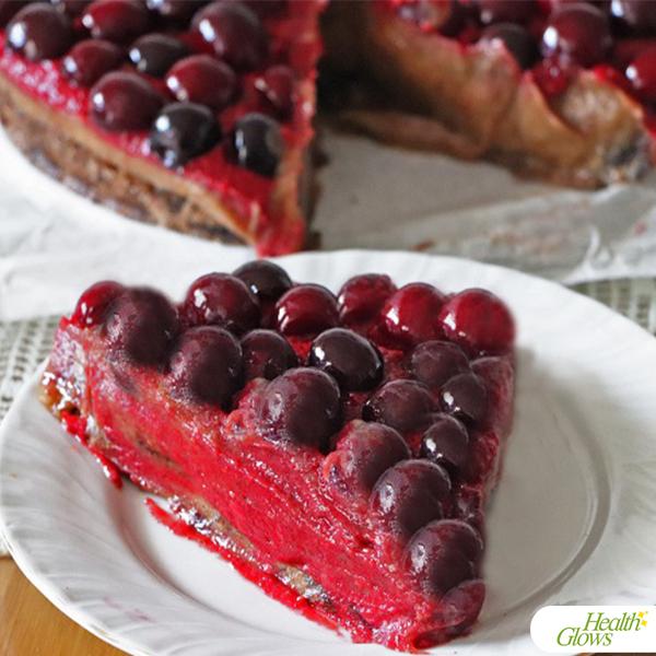 Raw Vegan Sweet Cherry Cake